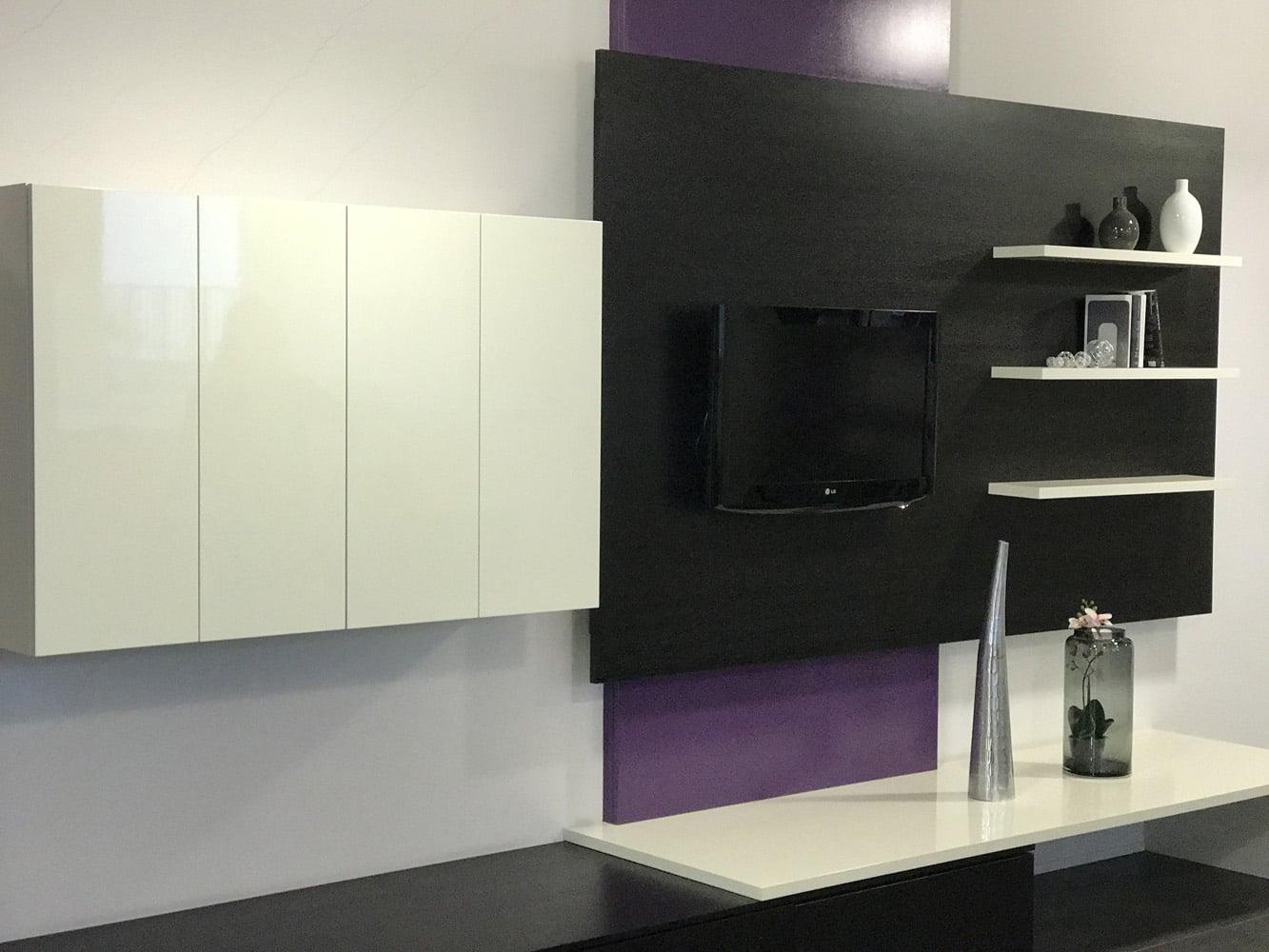 soldes sur les dressing et agencement d exposition apf menuiserie sa. Black Bedroom Furniture Sets. Home Design Ideas