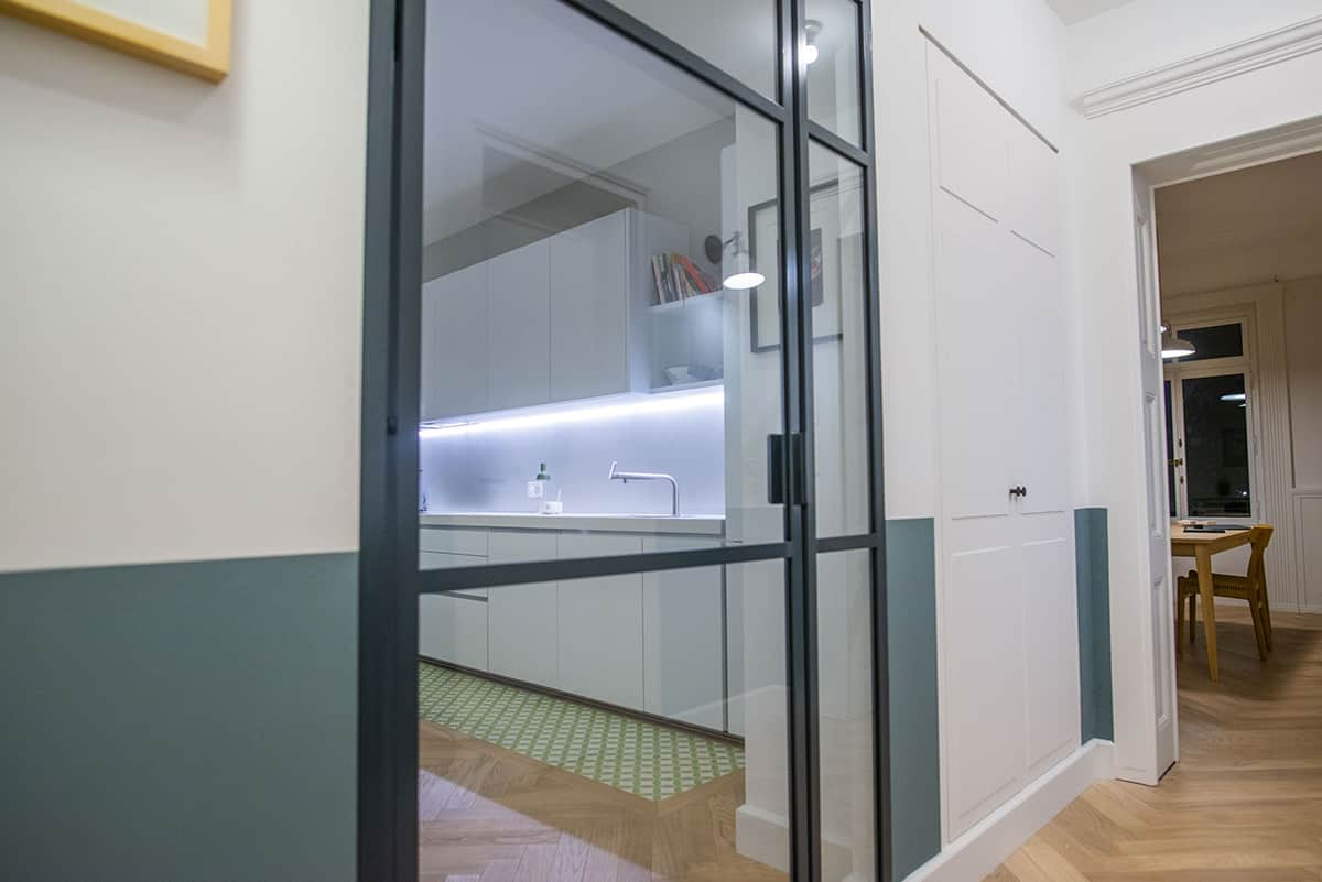 Porte en verre fermée