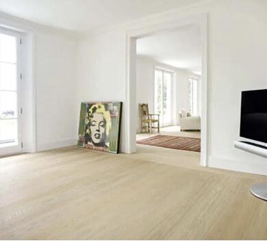 intérieur maison sol en bois